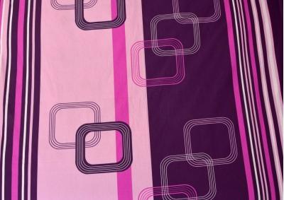 Tmavě fialové kostky bavlna lux metráž