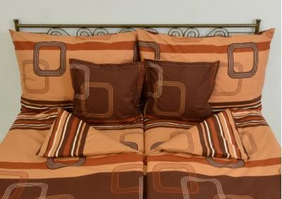 8-dílné povlečení s polštářky Tmavě hnědé kostky (bavlna LUX)
